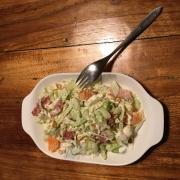 bordje met bleekselderij salade